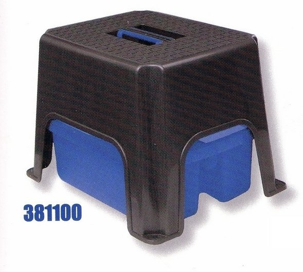 Univerzální stolička s plastovým boxem na nářadí - komplet 1
