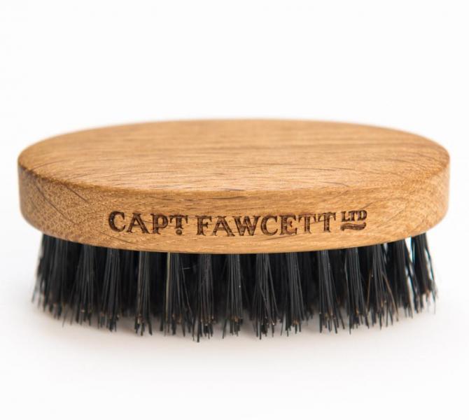 kartacek-na-plnovous-captain-fawcett 2