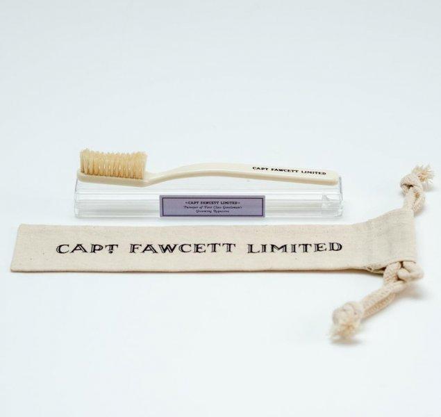 Zubní kartáček Captain Fawcett